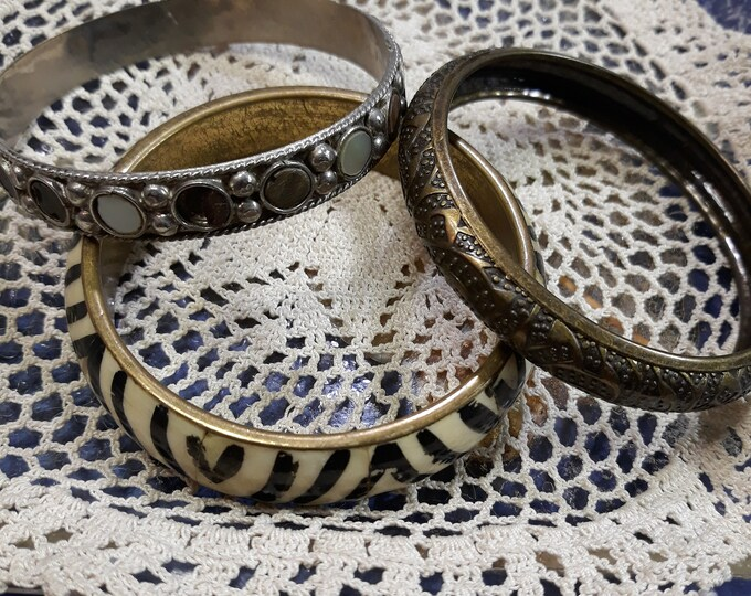 CLEARANCE >>> VINTAGE Bangle bracelt lot, 3 rescued bangle bracelets, craft or wear