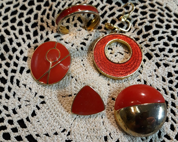 Red Single earring Vintage craft lot, 97c Special Value, repurposed jewelry, salvaged jewelry
