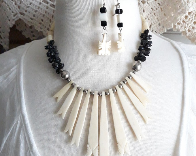 Vintage bone necklace and earrings mixed set, jewelry set, Bone jewelry
