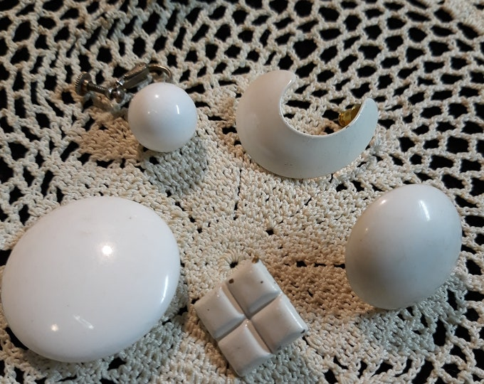 WHITE Single earring Vintage craft lot, 97c Special Value, repurposed jewelry, salvaged jewelry