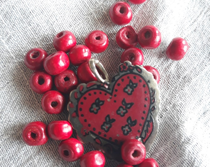 CLEARANCE Vintage junk jewelry beads, salvaged bead mix, jewelry making supply, hand painted bead