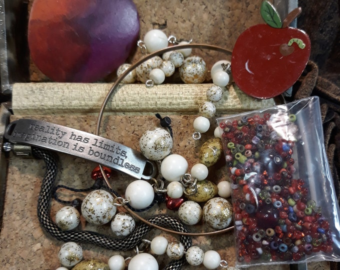 SPECIAL Vintage beads, brooch and assorted junk jewelry, Vintage jewelry lot, jewelry pieces, repurposed jewelry, salvaged jewelry