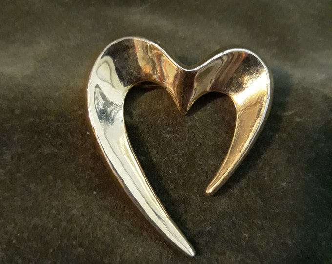 Vintage heart shaped brooch, Heart brooch Valentine's Day gift, Gift for mom