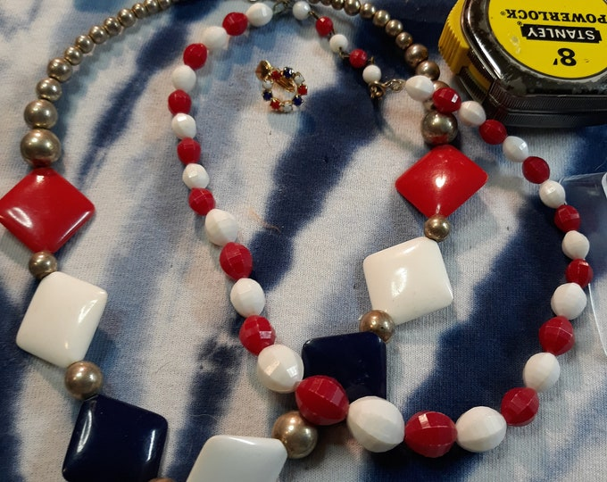 Vintage red white blue necklace lot, craft or repurpose, patriotic jewelry, vintage jewelry