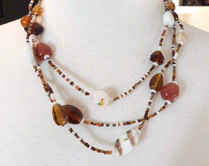 Boho vintage art glass beaded necklace amber white and gold