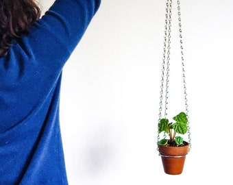 """Small silver hanging planter, indoor wall planter, metal plant hanger indoor, plant mom gift 