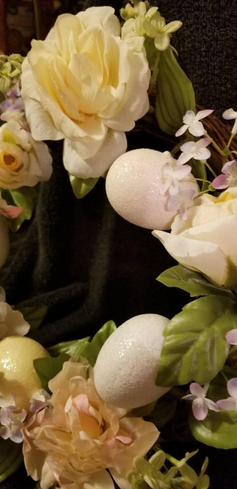 Avon Spring Wreath with box; Avon gift collection; Vintage Avon wreath; Spring wreath; Free Shipping