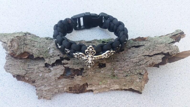 birthday gift! Ladies black and white paracord cross bracelet wedding gift