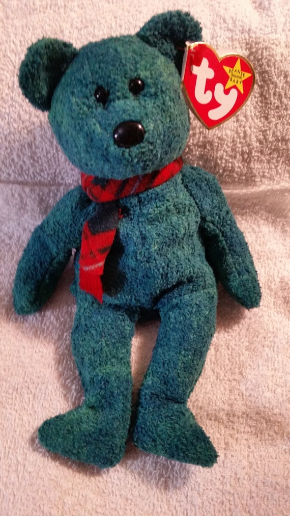 Ty WALLACE BEAR Rare Retired 1999 Mint Collectible Christmas  6e8208d241f