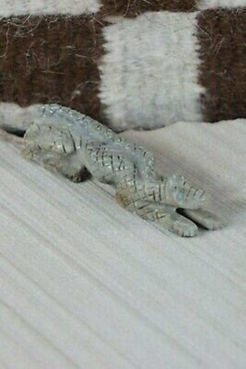Lizard Zuni Fetish Carving Cody Cheama