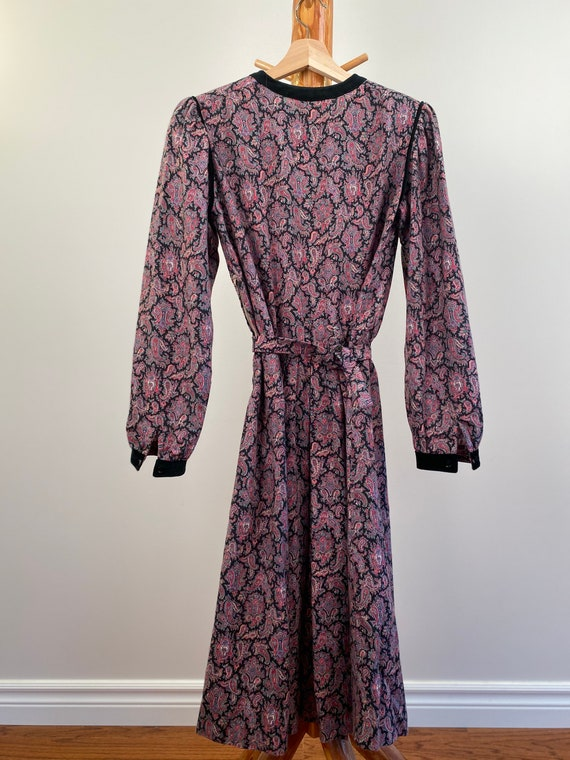 Cottage Core Dress with Puffed Sleeves - image 8