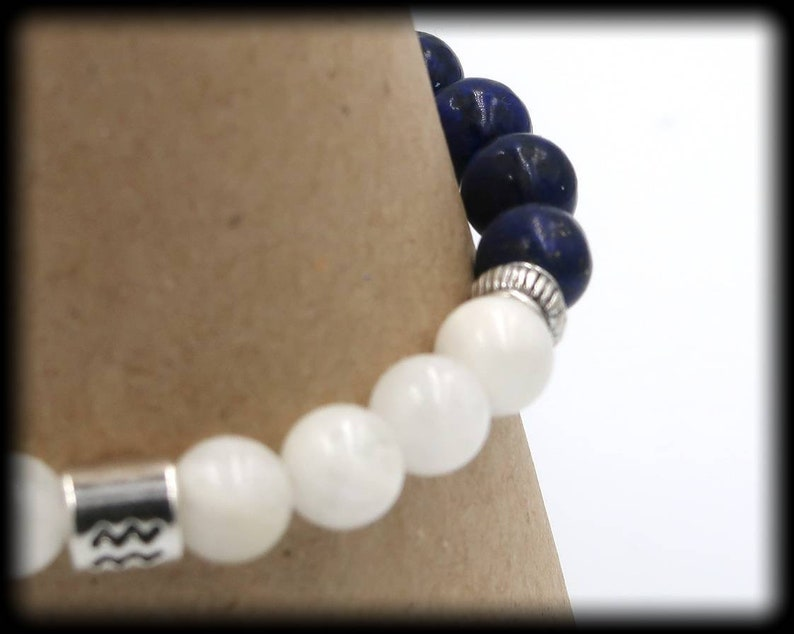 8mm Aquarius Zodiac Stretch Bracelet for Soothing Emotional Instabilities and Enhances Intuition