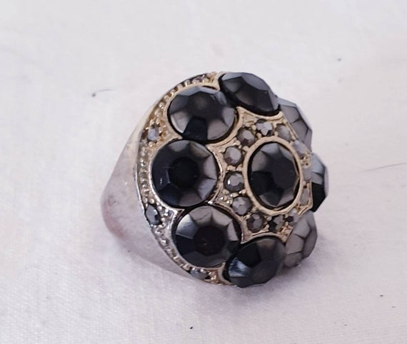 Vintage sheld ring, lucite ring, rhinestone ring,