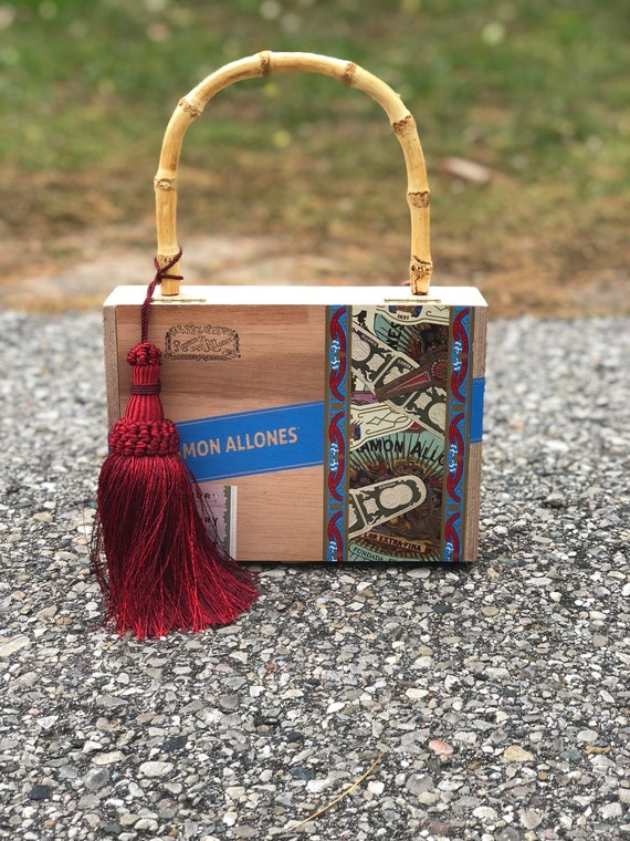 Cigar Box Purse VLM Collection handmade by Victoria No. 18  62326906d74a1