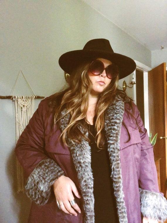 Vintage 70s/80s plus size faux fur snow coat
