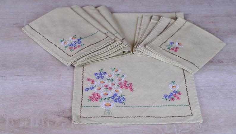 9 Piece Vintage Linen Set Napkins Placemats Runner Green w/ image 0