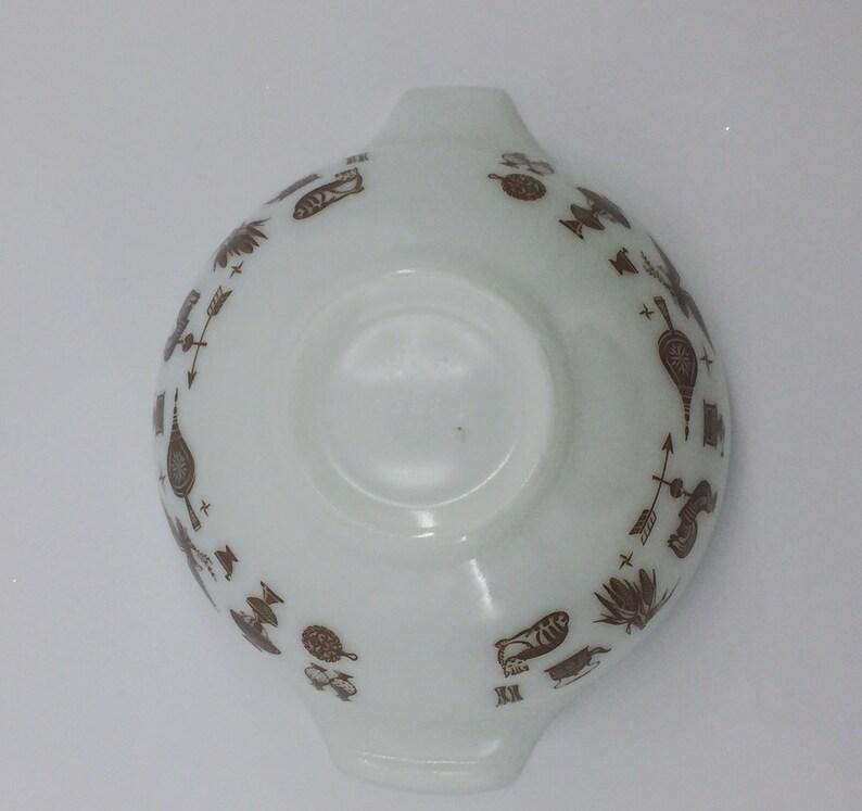 Vintage Pyrex Early American Cinderella 2.5 Quart 443 Kitchen Mixing Bowl