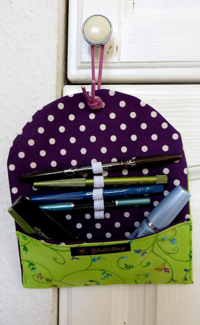 Make-up bag spring image 0