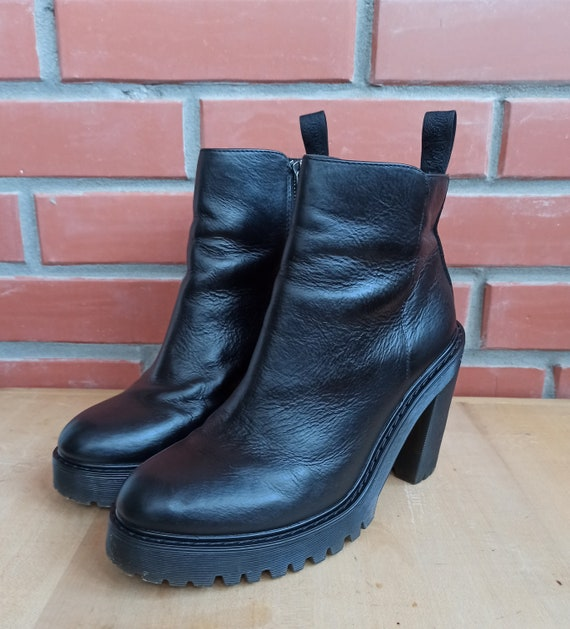 Dr Martens Magdalena 7 UK 9 US 41 EU High Heeled … - image 2