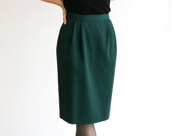 4afad9554a99 Size 6 / XS - S / 1960s Vintage Emerald Green Wool Pencil Skirt / Classic  60s Feminine Skirt with Pockets / Extra Small - Small
