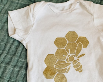 Baby Bee Onesie - Baby Onesie, Baby Shower Gift, Baby Bodysuit, Baby Gift, Unisex Baby Gift, Baby