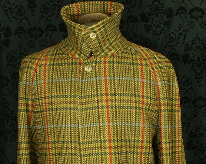 sold........Superb Rare Mens Vintage Burberry Tweed Coat Overcoat Size 46 XL.....sold