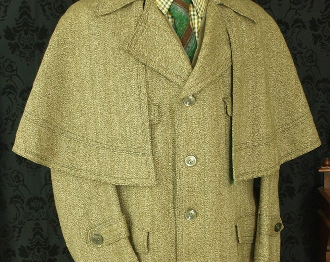 sold.....A Superb Rare Mens Vintage Tweed Ulster Inverness Cape Coat Overcoat in a Size 46 XL extra large