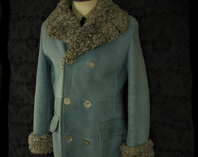 Amazing Baby Blue Mens Bayliss of Glastonbury Sheepskin Coat Overcoat in a Size 40 inch Medium