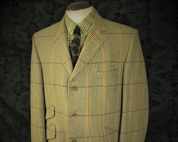 The Classic Crombie Wool Tweed Hacking Jacket in a size 40 inch  Medium Short