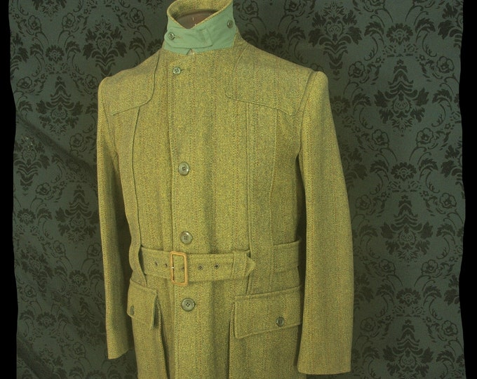 Rare Mens early Vintage Derby Tweed Full Norfolk Shooting Field Jacket Coat in a size 42 inch Large