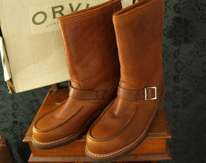 Great New Boxed Mens Orvis Nubuck Wellington Roper Boots Size UK 7 USA 8