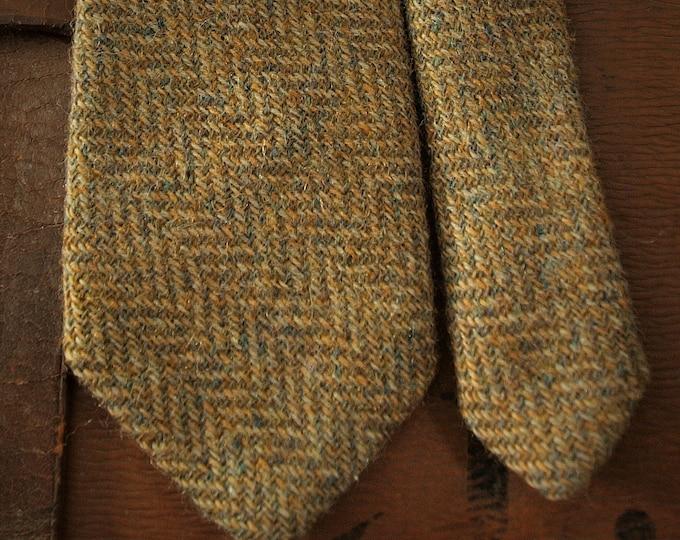 Vintage Mens Country Wool Tweed Tie Olive Beige Made in Scotland by Craigmill Shetland