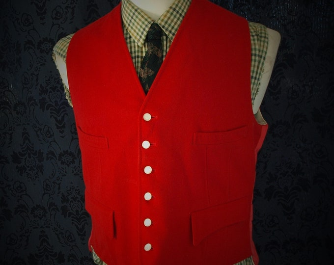 Mens Vintage West of england Red Hunt Riding waistcoat Wool Mother of Pearl Buttons in a size 42 inch Large