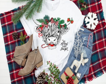 Highland Long Haired Cow Christmas..  design t-shirt