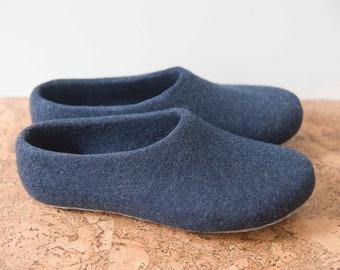 3d92643fcc523 Wool slippers   Etsy