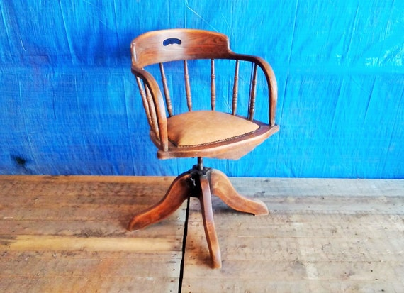 Prime Victorian Oak And Leather Captains Swivel Desk Chair 1880 Machost Co Dining Chair Design Ideas Machostcouk