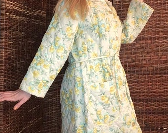 60s 70s Quilted Robe  Vintage Yellow Housecoat with Floral Embroidery Trim  Yellow Puffy Quilted Maxi Cinch waist Housecoat Robe