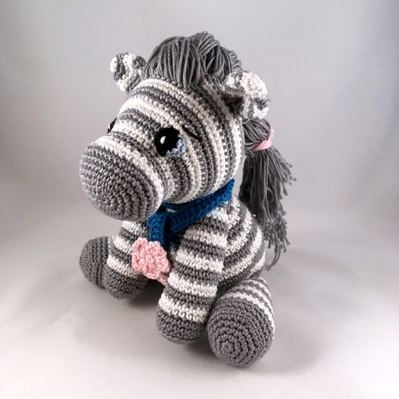 Zebra amigurumi free pattern | Crochet zebra pattern, Crochet ... | 570x570