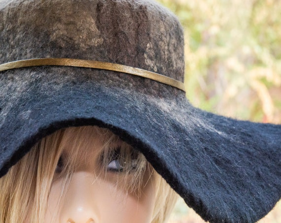 Felt Hat,Black Hat,Felted Wool Hat,gift for her,Floppy Hat,wool hat,personalized gift,gift,winter,gift for sister hat,boho,fedora,art,hat