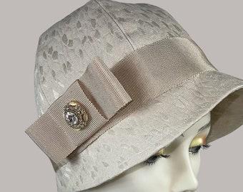 Silk Cloche Hat ,1920's Fashion,Cloche Hats,Great Gatsby Hat, Custom Hat ,Ladies Cloche Hat, 1920's Headware ,Ladies Cloche Hat ,1920's Hat