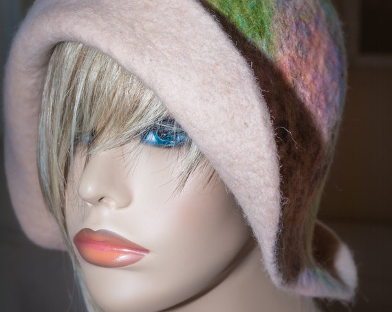 Flapper Hat,FeltedHat,1920's Hat,Flapper Hat ,Cloche,FeltedWoolHat,Handmade,Felt Hat,Downton Abbey,Felted Hat,WoolHat,Black Hat,Wool Cloche