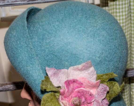 Flapper Hat,FeltedHat ,FeltedCloche,1920'sClocheHat,FeltedHatWomen's ,Cloche,FeltedWoolHat,Handmade,Felt Hat, Black hat, Downton Abbey,Hat