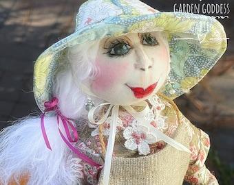 Garden Goddess Flower Art Doll, Beautiful Handmade Puppet,Cute Gift,Intricate Textile Doll,Personalized Housewarming Gift,Whimsical Creative