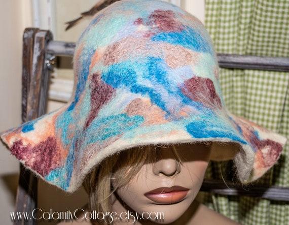 felt hat, large brim hat, womens black hat, large brim hat, floppy hat, wide brim hat, felted wool hat, warm hat, wool hat, felted wool hat