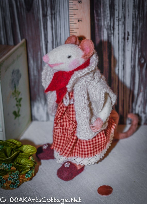 mouse, needle felted wool, wool mouse ,mouse, felted mice, art doll,Felted wool mouse,Felted Wool Animal,Art Doll, Handmade, felted mouse,