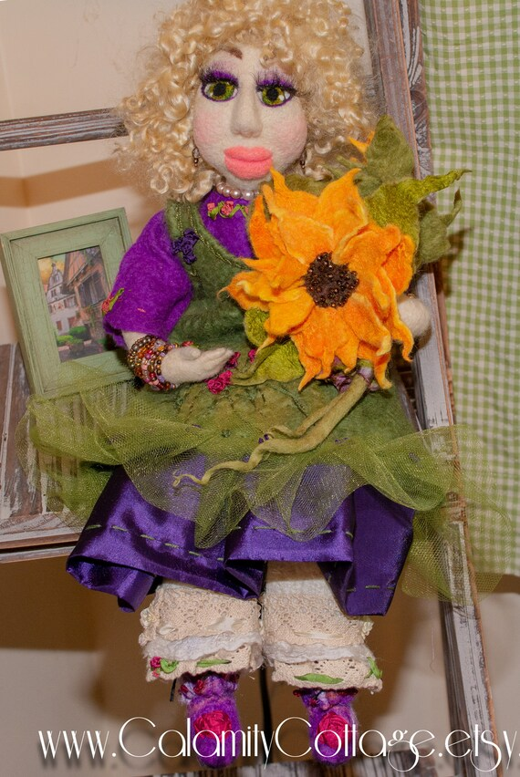 artdoll doll ooakdoll ooak handmade handmade doll doll art dolls blythe doll  felted doll,Needle felted doll artist textiledoll fabricdoll
