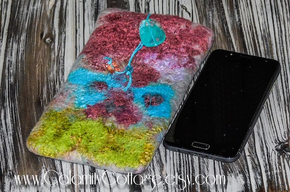 Vivid sunglasses/Cell  Phone  Felted Wool Case.