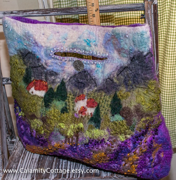 Felted Bag,gift,ToteBag,Felted Bag,Wool Bag,Purse,Crossbody Bag,Wool Bag,Bag,Shoulder Bag,French country, Wool, Felt,Art,Gift,Tote,Boho,Art,