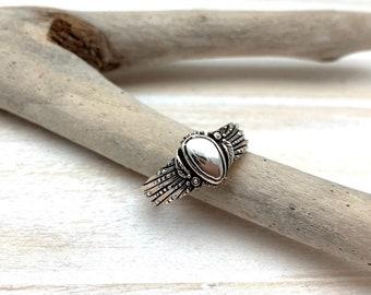 Size 8 Sterling Silver Pebbled Etched Leaf Ring