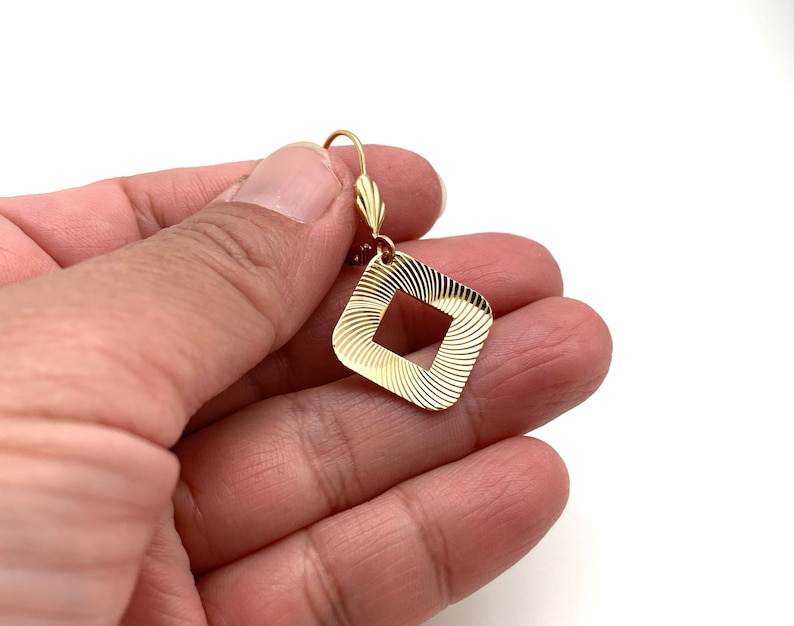 Simple Gold Earrings Mid-Century Gold Lightweight Goldfill Gold Square Sparkling Earrings Everyday Gold Square Dangly Earrings